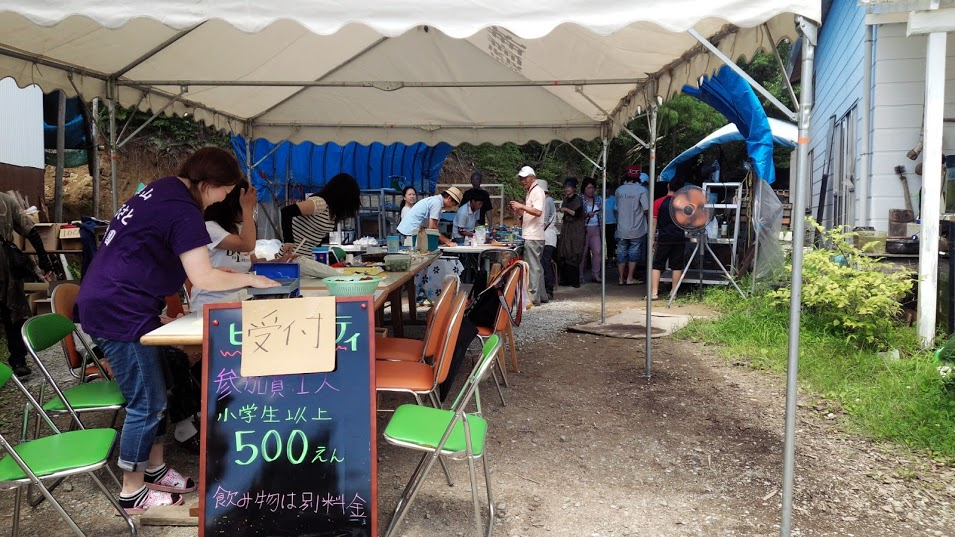 500円食べ放題である。価格アトミックバズーカである。